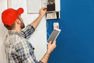 Manutenção de alarmes residenciais